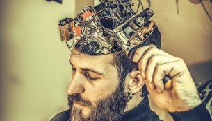 """Naukowcy """"wytrenują"""" mózg seniorów"""