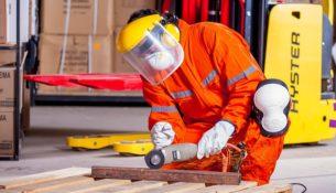 Skłonność pracownika do podjęcia działalności konkurencyjnej wobec pracodawcy