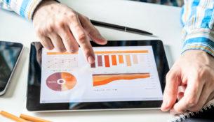 Jak stosować metody ilościowe i jakościowe w prowadzeniu badań?
