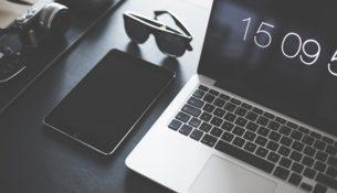 Badanie: ponad 2/3 polskich 25-latków spędza w sieci co najmniej 4 godz. dziennie